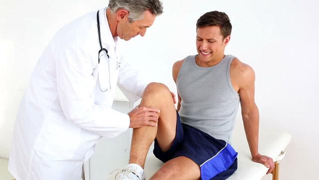 Операция на связки коленного сустава